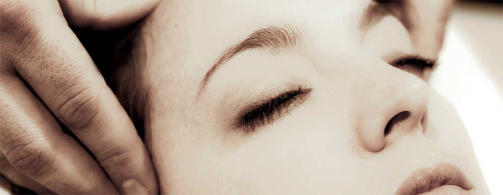 Digitopressione: esercizi per rafforzare la vista