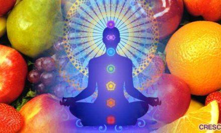 Connessione tra cibo, chakra e anima