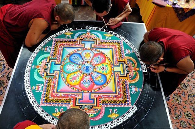mandala-colore-crescita-spirituale