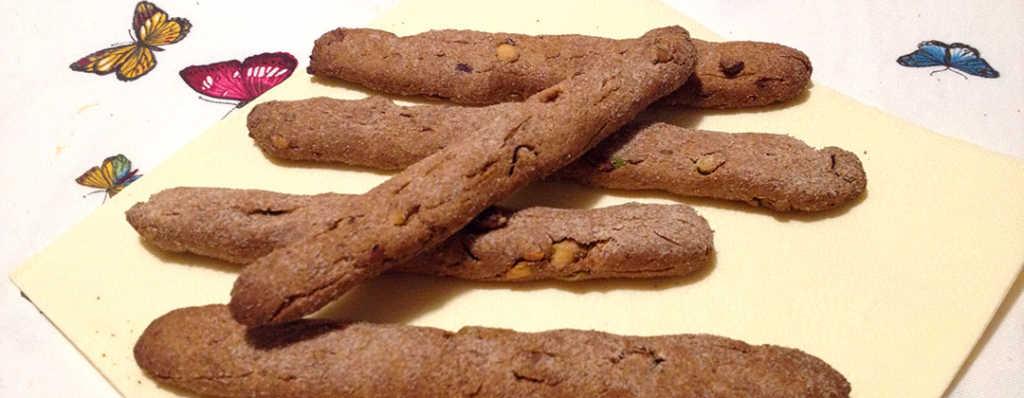 Bastoncini integrali ai pistacchi